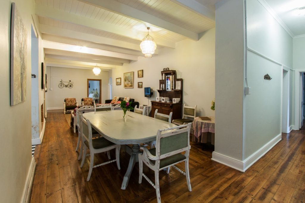 De Oude Pastorie Dining Room (6)
