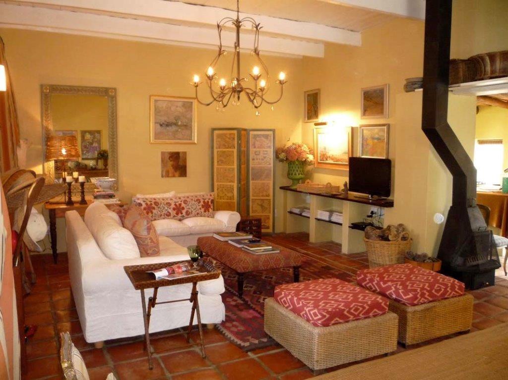 Fig Tree Cottage Living room 2