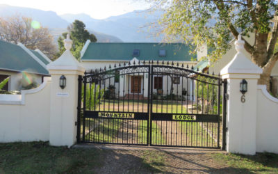 This Greyton Conference Venue offers 2 superb conference rooms with the large conference room being able to seat up to 50 people. The conference venue library can also be used as a board room and can seat up to 16 people. Both rooms have all the equipment that most companies would require for conferencing, such as overhead projector, flip charts, white boards, etc.